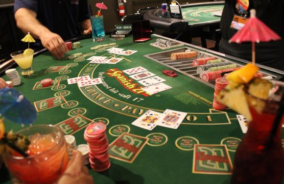Online Casino Baccarat Games for Beginners and Pros